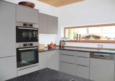Küchenblock mit hochwertigen Bosch Einbaugeräten nach Kundenwunsch